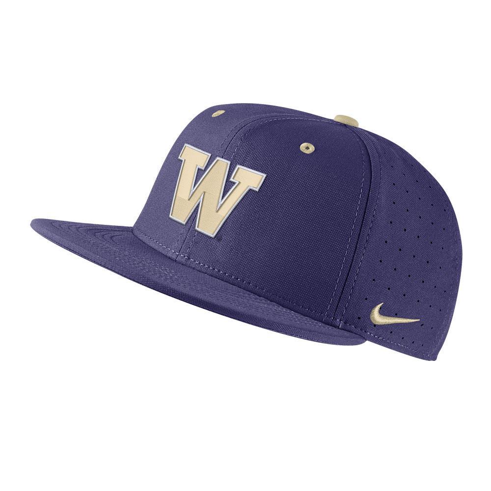 7f91c412b424b Nike Men s W Aerobill True Fitted Baseball Hat.  35.00. Nike Washington  Heritage86 Buckle Hat Purple Front